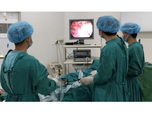 Điều trị hiệu quả thoát vị bẹn bằng phẫu thuật nội soi